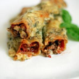 Cannelloni z mięsem mielonym i sosem beszamelowym