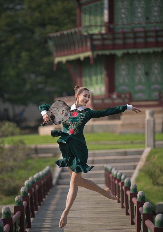 DancersAmongUs008