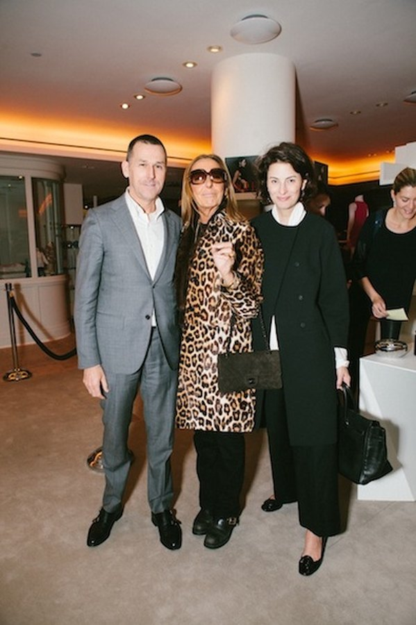 BARNEYS NEW YORK, HAMISH BOWLES, AND TONNE GOODMAN CELEBRATE THE LAUNCH OF VOGUE: THE EDITOR'S EYE