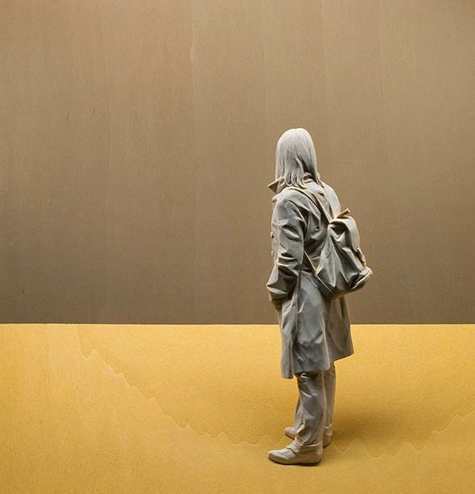 life-like-realistic-wooden-sculptures-peter-demetz-9