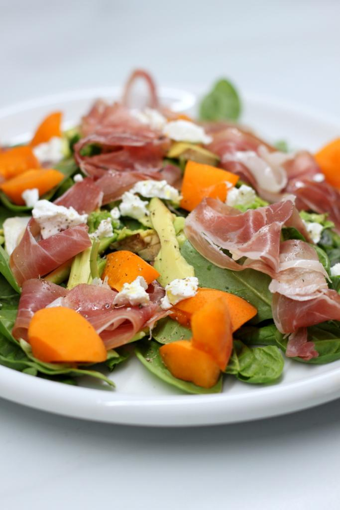 prosciutto, apricots and goat cheese salad