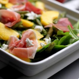 prosciutto, peach and green beans salad