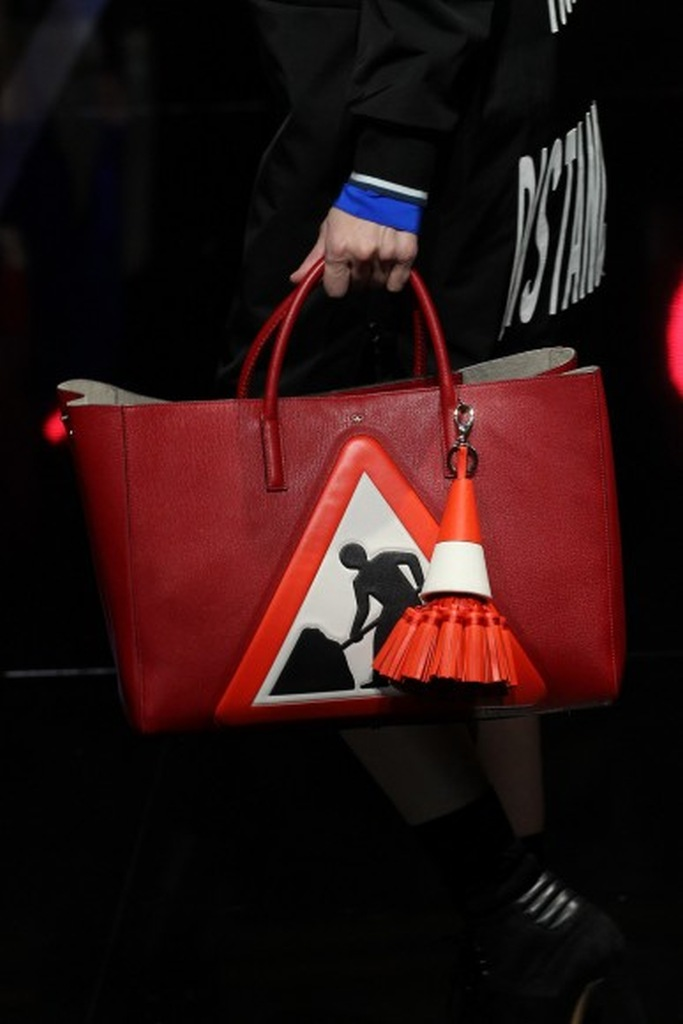 Anya Hindmarch Fall 2015 17