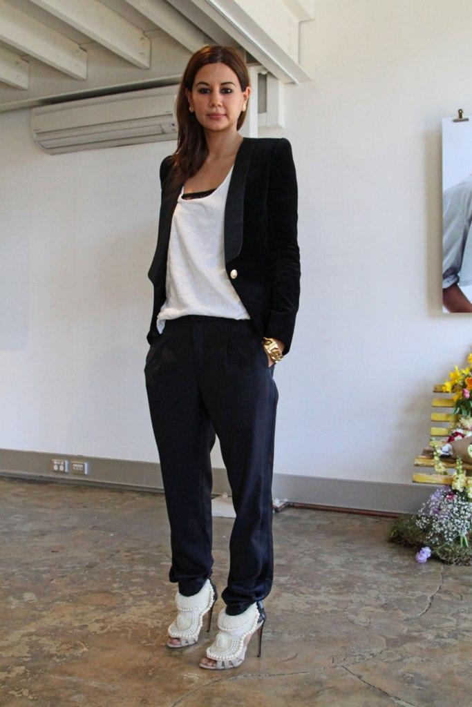 Christine Centenera 34
