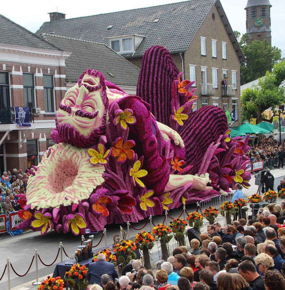flower parade Netherlands 02
