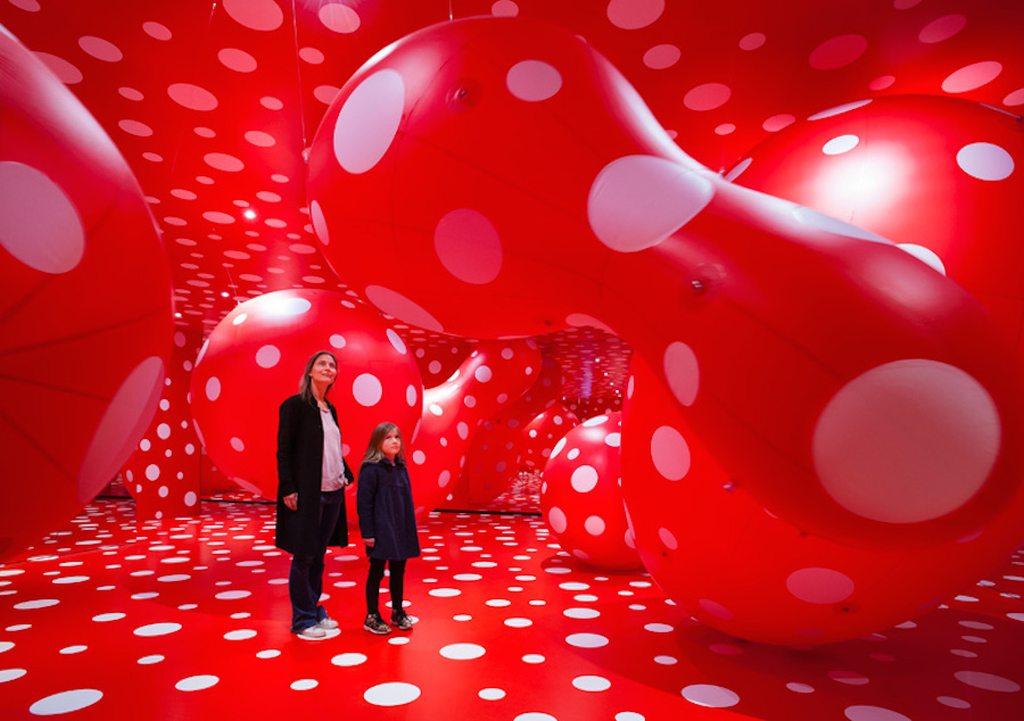 Yayoi Kusama S Polka Dots Installation