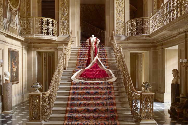 The Largest Fashion Exhibition-House Style: Five Centuries Of Fashion At Chatsworth