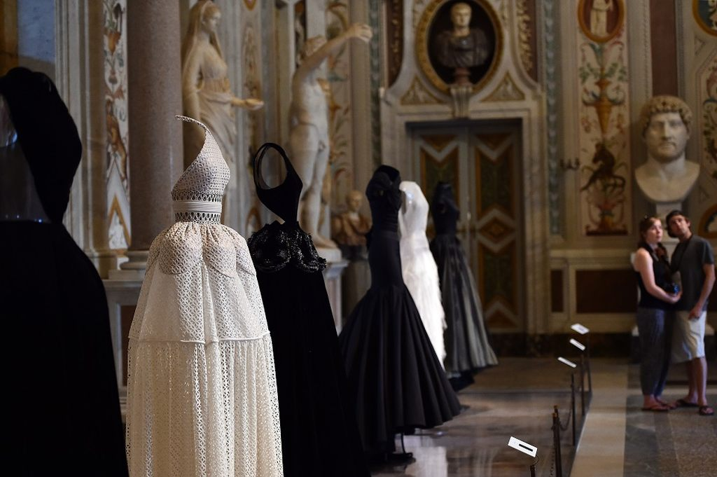 """A creation by Tunisian-born, Paris-based couturier Azzedine Alaia is displayed during the press preview of the exhibition """" Azzedine Alaia's soft sculpture"""" at the Galleria Borghese in Rome on July 10, 2015. The exhibition will run from July 11 to October 25, 2015. Visitors can see Alaia's work displayed in the middle of the permanent collection of scluptures and furnitures of the Villa Borghese. AFP PHOTO / GABRIEL BOUYS = RESTRICTED TO EDITORIAL USE, MANDATORY MENTION OF THE ARTIST UPON PUBLICATION, TO ILLUSTRATE THE EVENT AS SPECIFIED IN THE CAPTION ="""